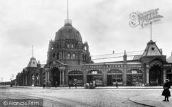 The Market 1902, Bury