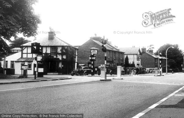 Bushey Heath, The Alpine Restuarant And Cross Roads c.1955