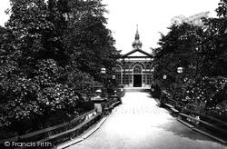 Pavilion Gardens 1890, Buxton