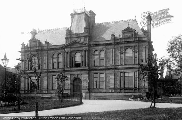 Buxton, Town Hall 1894