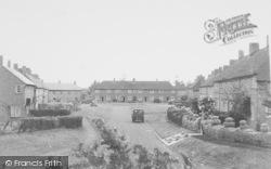 Jubilee Road c.1955, Byfield