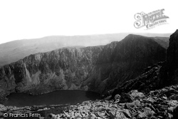 Cadair Idris, Llyn-Y-Cau From The Summit 1892