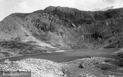 Cadair Idris, Llyn-Y-Gadr And The Fox's Path 1892