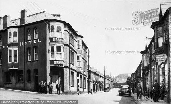 Caerau, Caerau Road c.1955