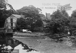 Caergwrle, Weir, River And Mill House c.1939