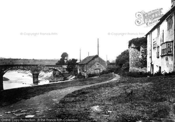 Photo of Caerleon, Hanbury Arms and Usk Bridge 1931, ref. c4003