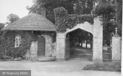 Caerleon, Priory Gateway 1910