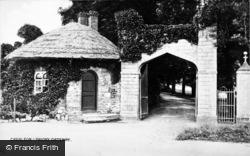 Caerleon, Priory Gateway c.1931