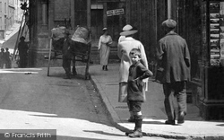 Caernarfon, Boy In The High Street 1921