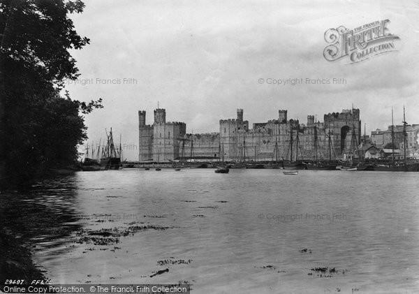 Photo of Caernarfon, Castle 1891