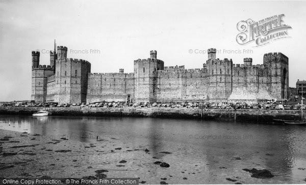 Photo of Caernarfon, Castle c.1958