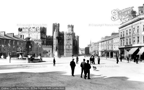 Photo of Caernarfon, Castle Square 1906