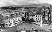 Caernarfon, Castle Square c1935