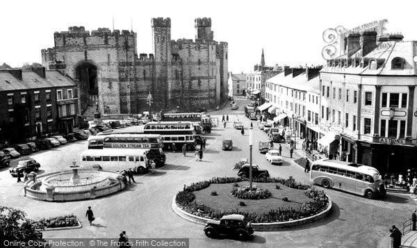 Photo of Caernarfon, Castle Square c.1955