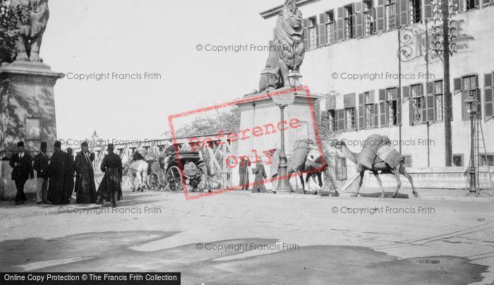 Photo of Cairo, Entrance To Kobri El Gezira Bridge c.1930