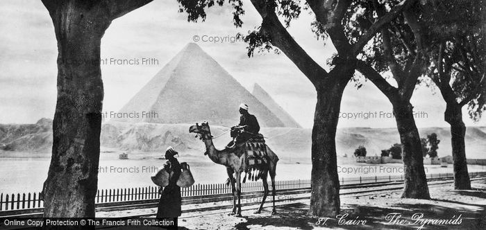 Photo of Cairo, The Pyramids At Giza c.1930