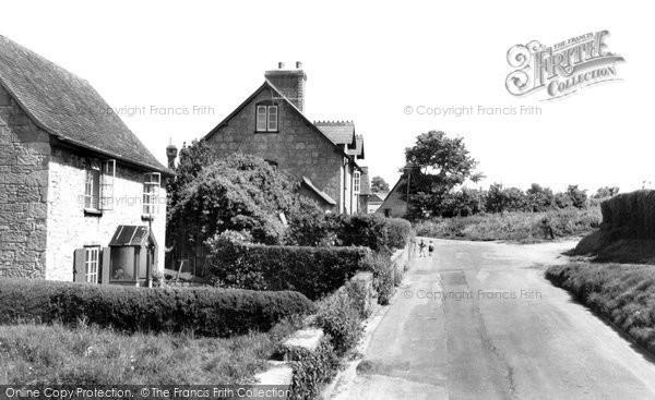 Calbourne, the Village c1955