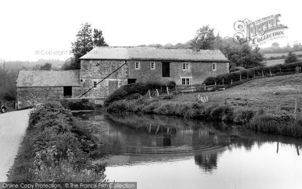 Photo of Calne, Hazeland Mill c.1970