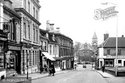 Calne, High Street c.1960