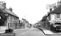 Calne, London Road c.1960