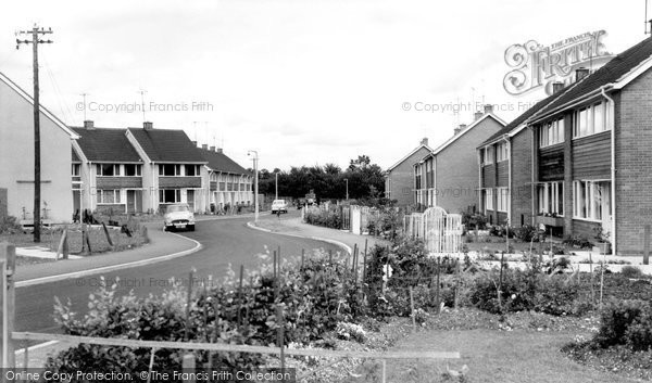 Photo of Calne, Ridgemead, Newcroft Estate c.1960