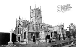 Calne, St Mary's Parish Church c.1960