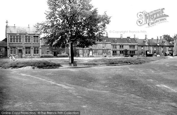 Photo of Calne, The Green c.1955