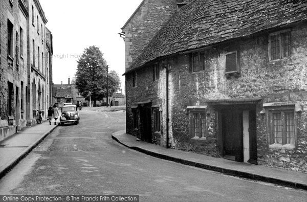 Photo of Calne, The Old Alms Houses (1682) c.1955