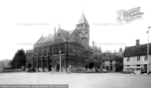 Photo of Calne, The Town Hall c.1955