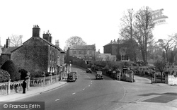 Calne, The Woodlands And New Road c.1955