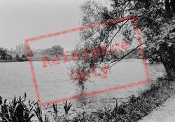 Cloverley Hall And Lake 1911, Calverhall
