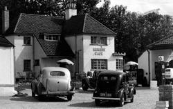 Mercury Café c.1955, Cam