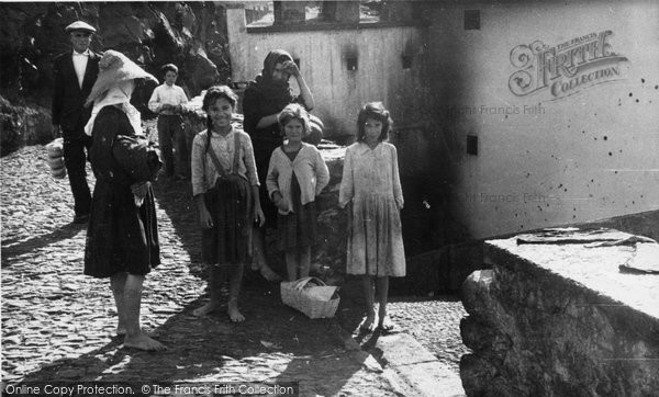 Photo of Camara De Lobos, Street Scene c.1955