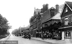 London Road 1925, Camberley