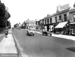 London Road 1927, Camberley