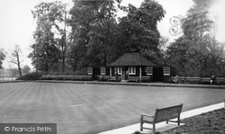 Ruskin Park Bowling Green c.1955, Camberwell
