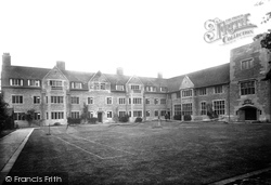 Cambridge, Cheshunt College 1923