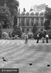 Clare College Bowling Green c.1955, Cambridge