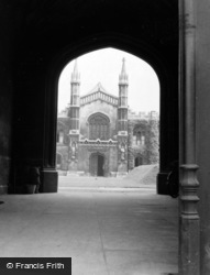 Cambridge, Corpus Christi College c.1954
