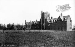 Cambridge, Girton College 1890