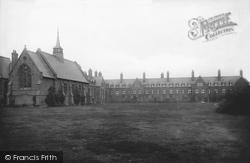 Cambridge, Girton College 1908