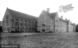 Cambridge, Girton College 1938