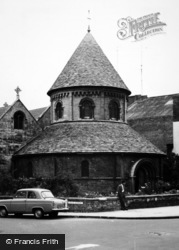 Cambridge, Holy Sepulchre 1963