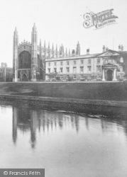 Cambridge, King's College From The River 1908