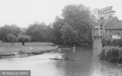 Cambridge, Mill Pond And Old Granary c.1965