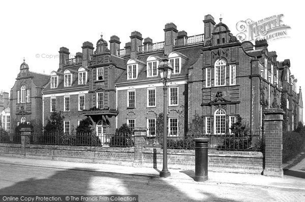 Cambridge, Newnham College, Sedgewick Hall 1890