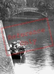 Cambridge, On The River Cam 1909
