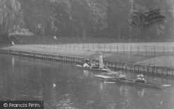 Cambridge, Punting Near King's College 1911
