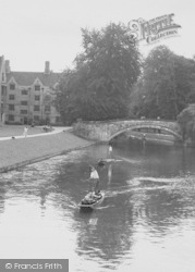 Cambridge, Punting On The Cam c.1955