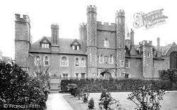 Cambridge, Queens' College 1890
